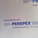 10 lat gwarancji na plexi