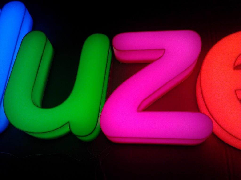 litery kolorowe 3D